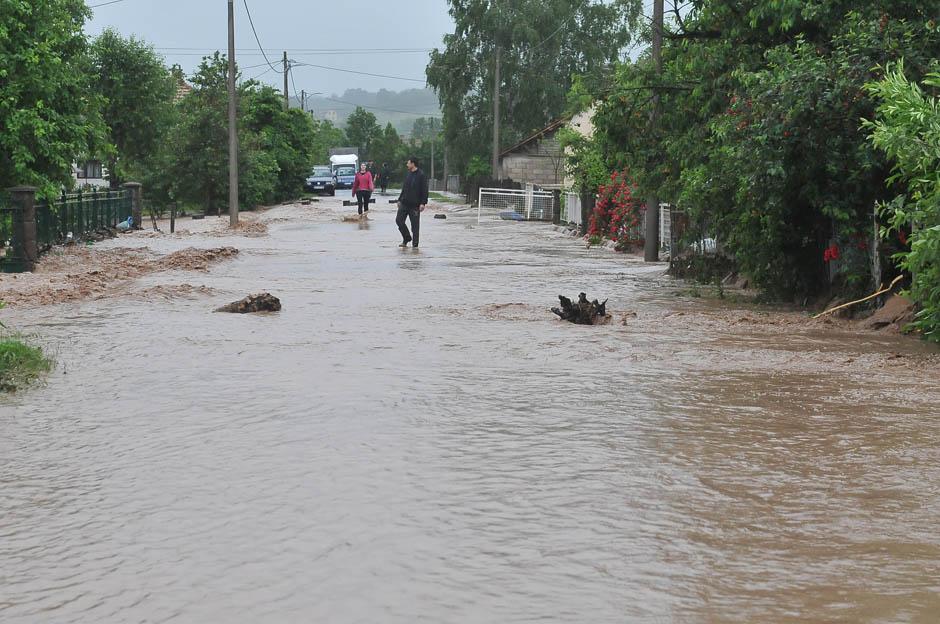 Vanredna odbrana od poplava u celoj zemlji!