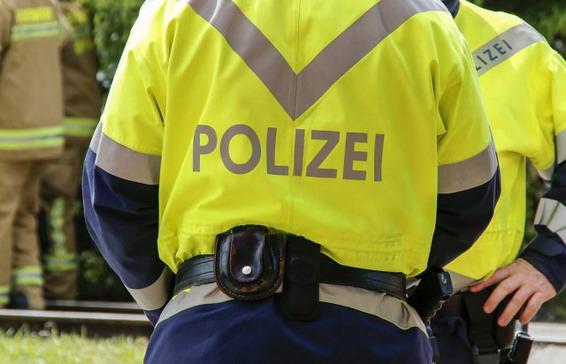 Varala na vozačkom u Austriji, došla policija, muž ugrizao vlasnika auto-škole