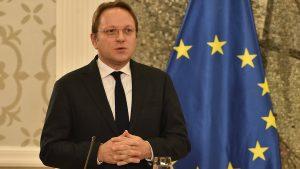 Varheji: EU će učiniti sve što može da ubrza pregovore o članstvu sa Crnom Gorom