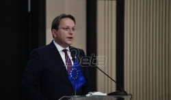 Varheji žmuri kada se govori o Srbiji zbog bliskih veza Madjarske i Srbije