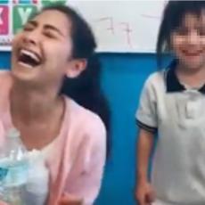 Vaspitačica se igrala sa decom, a posle onoga što je uradila devojčici je dobila MOMENTALNI OTKAZ (VIDEO)