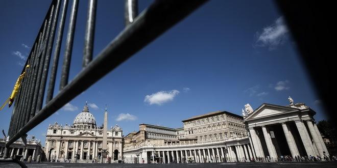 Vatikan: Još jedna smena zbog skandala sa finansijama
