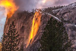 Vatreni vodopad u parku Josemiti je čudesan fenomen prirode