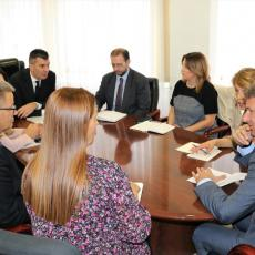 Važni zaključci sa sastanka Đorđevića i Šodera: Uvodimo ELEKTRONSKO PRAĆENJE KRETANJA MIGRANATA