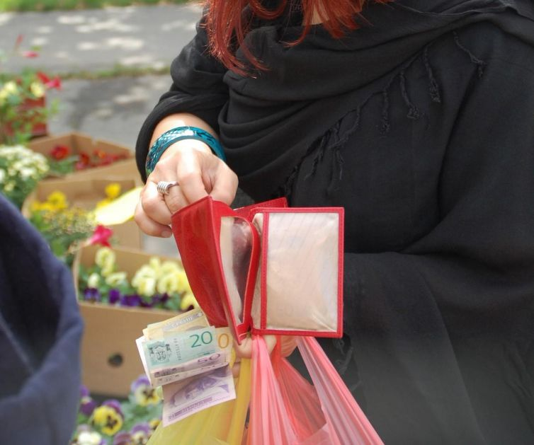 Važno za građane Srbije: Evo na koji račun će vam leći minimalac koji isplaćuje država