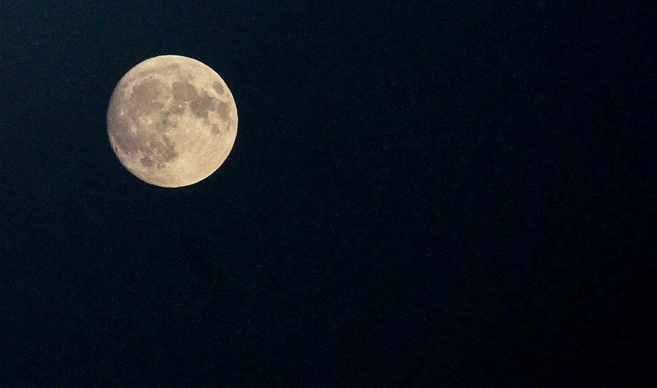 Večeras PUN MESEC i kiša meteora - sve za jednu noć!
