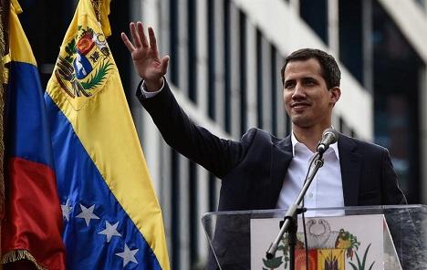 Većina latinoameričkih zemalja podržala Guaida, vojska ostaje uz Madura