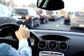 Veću broj vozilna na putevima; Bez gužve na granicama