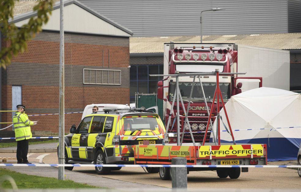 Velika Britanija: U kamionu pristiglom iz Bugarske pronađena tela 39 muškaraca