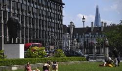 Velika Britanija odlaže ukidanje lokdauna