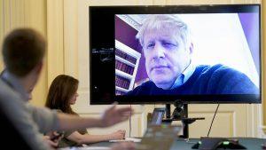 Velika Britanija uvodi karantin od 14 dana za putnike iz inostranstva