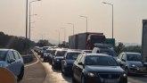 Velike gužve - spremite se da čekate: Dugačka kolona na auto-putu Miloš Veliki, saobraćaj usporen i na Gazeli