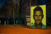 Veliki portret od teniskih loptica u čast Novaka osvanuo na Dorćolu FOTO/VIDEO