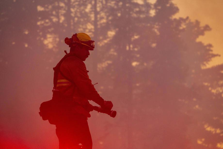 Lokalizovan veliki požar kod Vodica