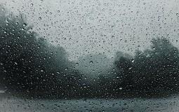 Veliko nevreme sa kišom i gradom zahvatilo Čačak, Ivanjicu i Lučane