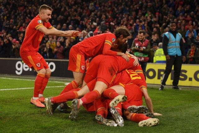 Vels slavi Ramzija, uzaludna pobeda Slovačke i rapsodije Belgije, Holandije...