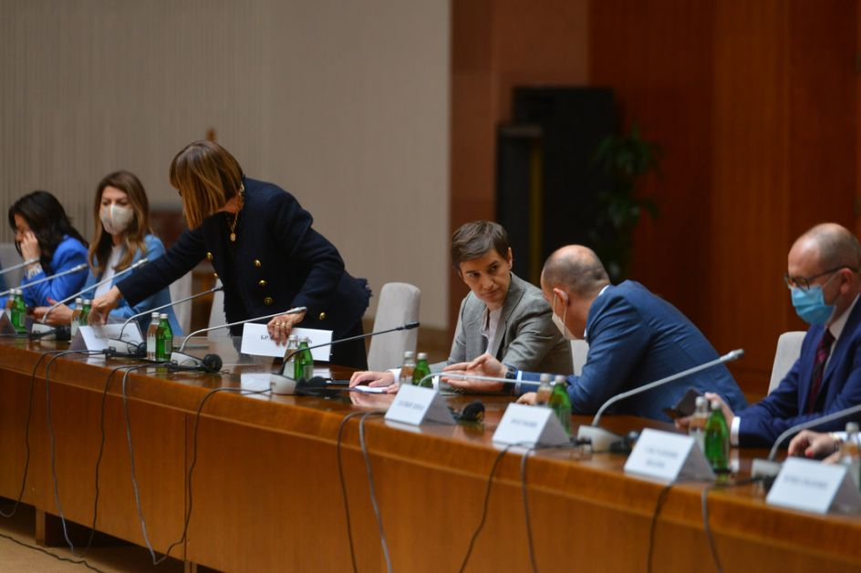Vesić: Beograd pripremio zahteve sutra za Krizni štab