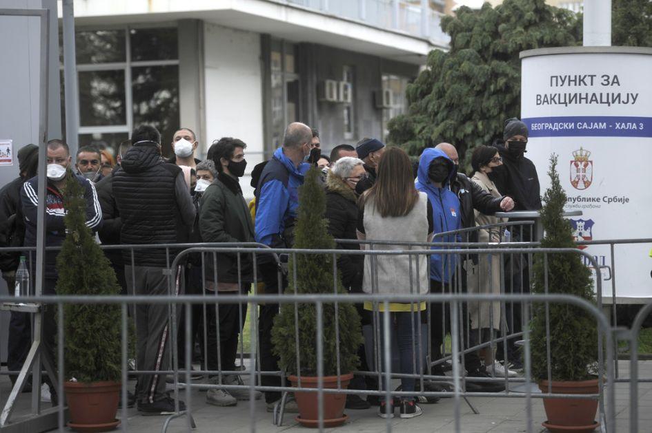 Vesić: U Beogradu dato 932.426 doza vakcina