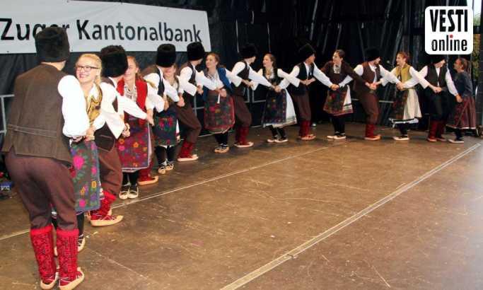 Vesti u Švajcarskoj: Svetosavci zaigrali na Danu nacija