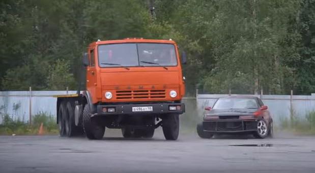 Video iz Rusije: Drift u Kamaz kamionu sa Scania motorom od 1000KS