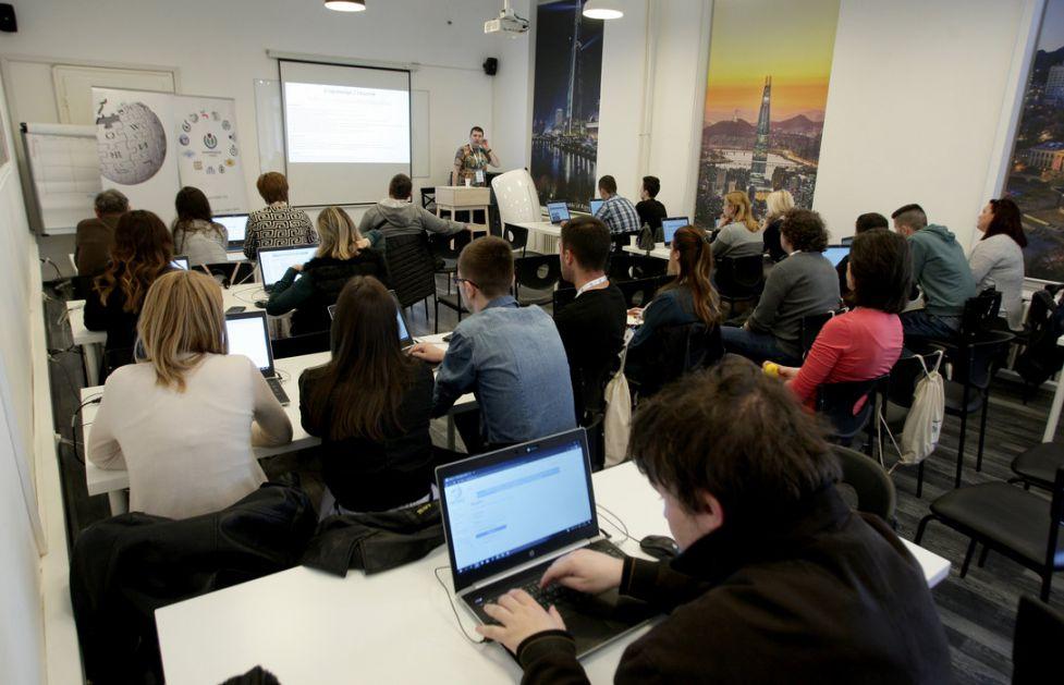 Vikipedijanci iz Srbije na konferenciji Vikilajv u Beogradu