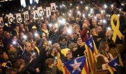 Više hiljada demonstranata u Barseloni protiv sudjenja katalonskim sepratistima