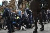 Više hiljada ljudi izašlo na ulice; građani protestuju; reagovala policija VIDEO/FOTO