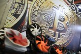 Više ljudi ulagalo lane u kriptovalute nego u akcije: 70 odsto njih profitiralo?