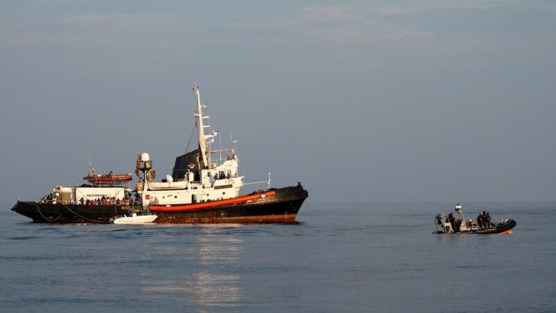 Više od 1.200 migranata stiglo na Lampeduzu
