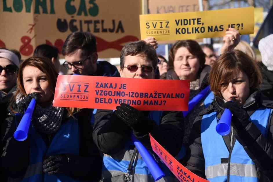 Više od 10.000 prosvetnih radnika protestovalo u Ljubljani