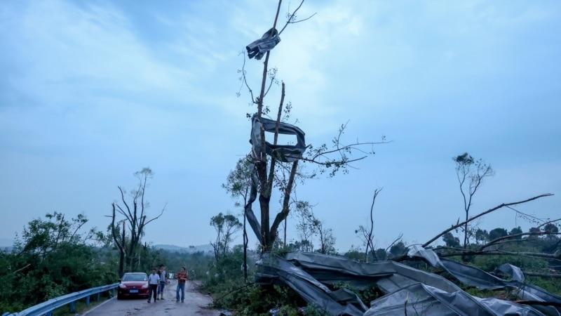 Više od 10 mrtvih i stotine povređenih u dva tornada u Kini