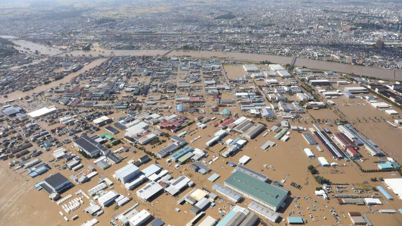 Više od 100.000 spasilaca nakon udara tajfuna u Japanu