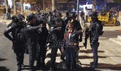 Više od 100 povredjenih u noćnim sukobima Palestinaca i policije u Jerusalimu (VIDEO)