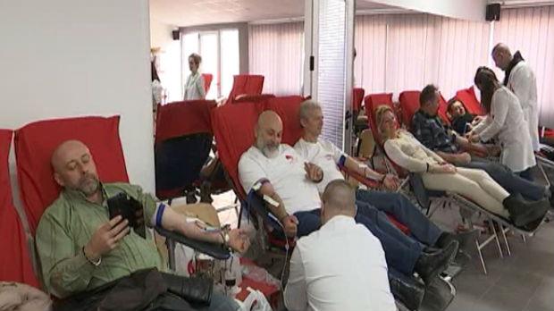 Više od dvesta dobrovoljnih davalaca krvi u Jagodini