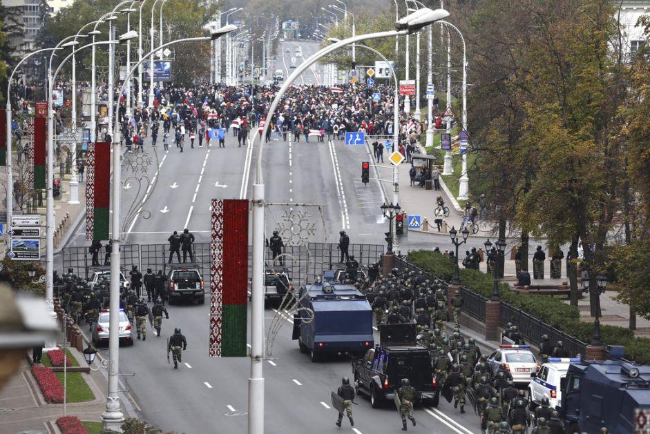 Više od 250 uhapšenih tokom protesta u Belorusiji