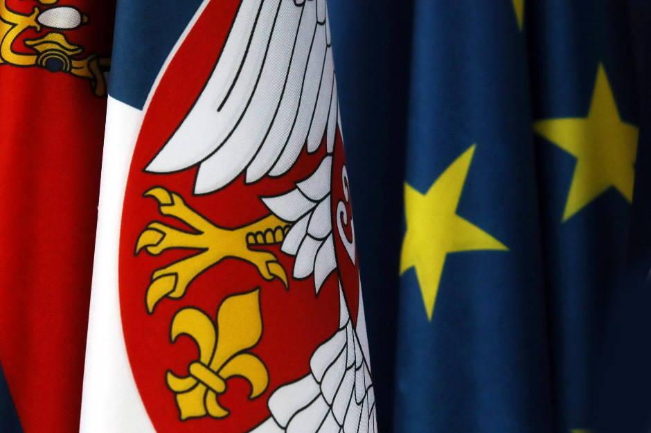 Više od polovine Srba za Evropsku uniju