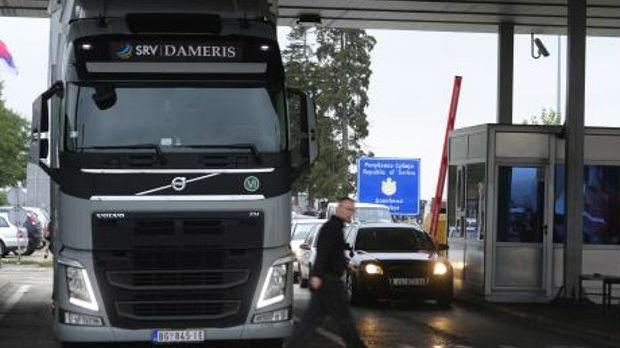 Višesatna zadržavanja kamiona na izlazima iz zemlje