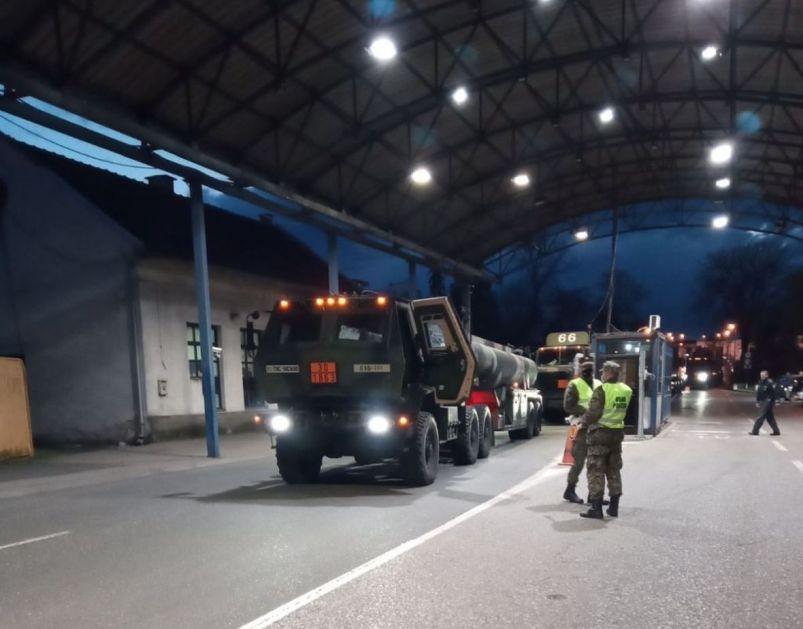 Vježba sa OSBiH: Prvi konvoj američkih vojnih vozila ušao u našu zemlju