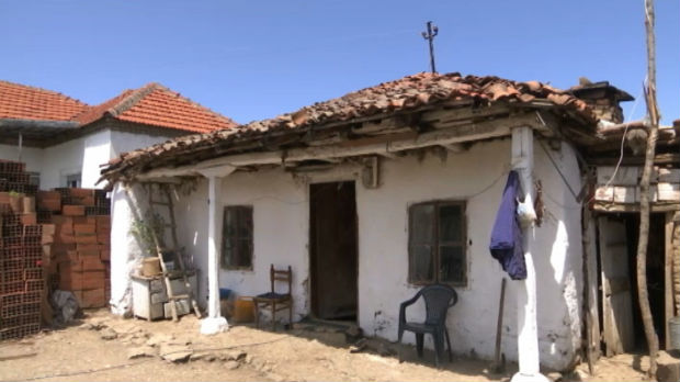 Vlada Srbije gradi kuće za porodice Simić i Đokić u Klokotu