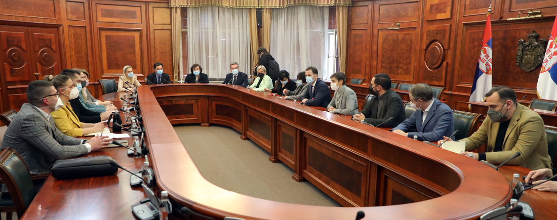 Vlada i frilenseri postigli dogovor