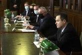 Vlast odredila predstavnike za dijalog, opozicija uglavnom nije