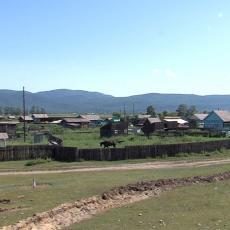 Vlasti iskopale rov oko sela da ga stave u karantin: Žarište buknulo na šamanskom ritualu
