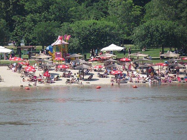 Voda u Dunavu ispravna za kupanje, ali tuširanje obavezno