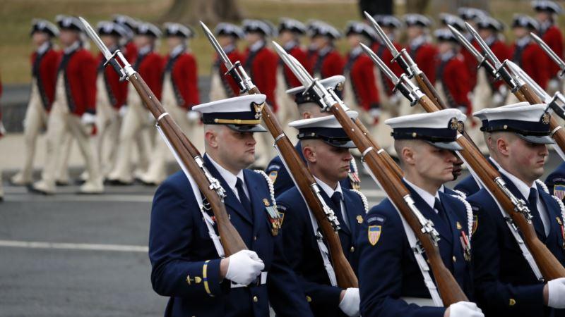 Vojna parada u SAD koštala bi 30 miliona dolara
