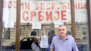 Vojni penzioneri iz hotela Bristol stupili u štrajk glađu