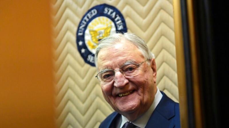 Volter Mondejl, Karterov potpredsednik, preminuo u 94. godini