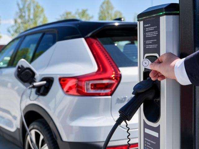 Volvo Cars i Plugsurfing nude punjenje svih električnih modela u Evropi