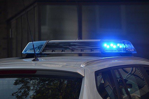 Vozač džipa pijan bežao od policije