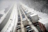 Vozači, oprez zbog poledice