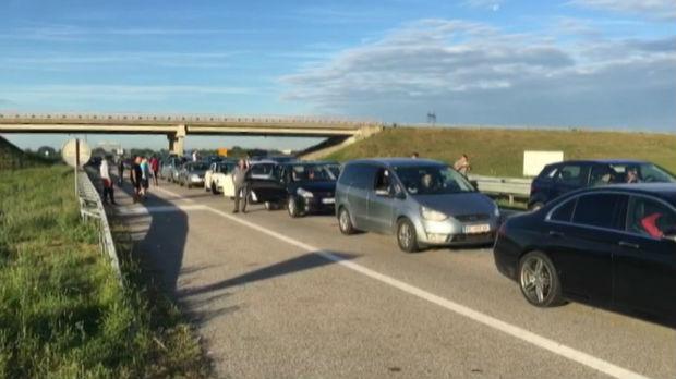Vozači pripremite se – na graničnim prelazima se čeka satima